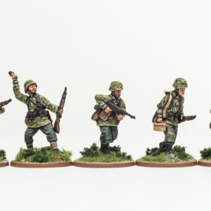Rifle section advancing Waffen-SS Wehrmacht Panzergrenadier